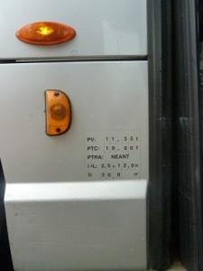 Un 'grand' bus : 11,3 tonnes à vide, 12m x 2,5 m