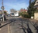 Deux bus de 2m50 de large ne peuvent pas se croiser dans une rue qui en fait 5,05...